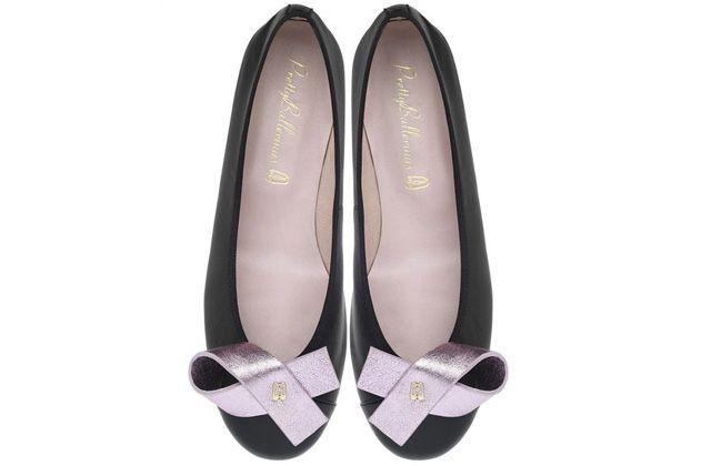 Zapatos apoyan la lucha contra el cáncer de mama