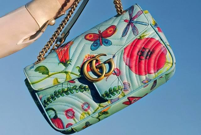 Zapatos y Bolsos en colección Gucci x Unskilled Worker