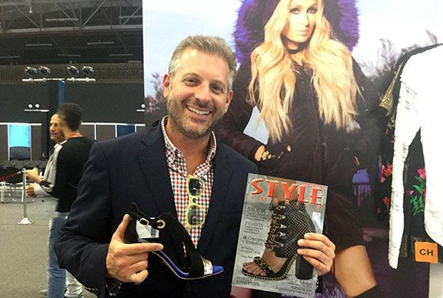 Nueva colección de zapatos de Paris Hilton