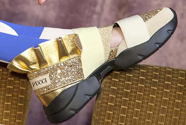 Glamour brillante en la colección Pucci Night