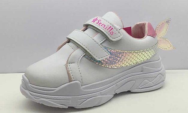 Zapatos infantiles inspirados en el mar