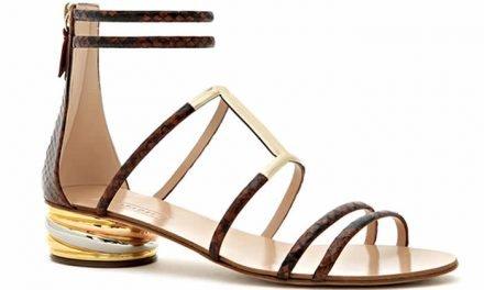 Estilo cosmopolita en sandalias de Casadei