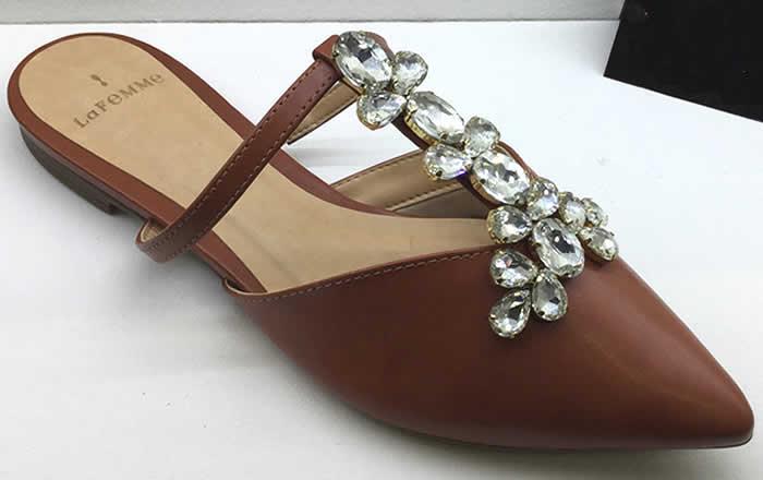 Confort y glamour en moda de zapatos planos
