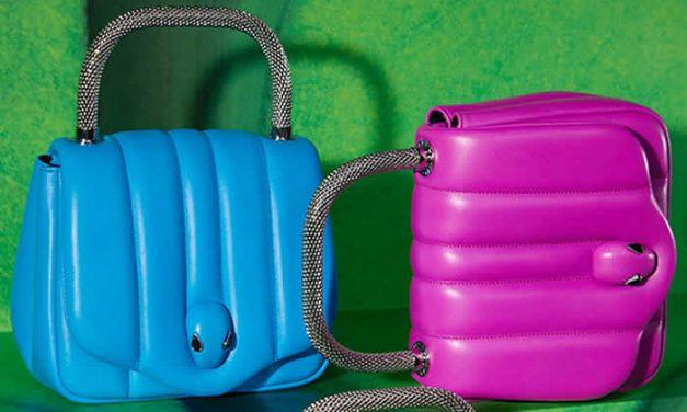 Colorida colección de bolsos Ambush x Bvlgari