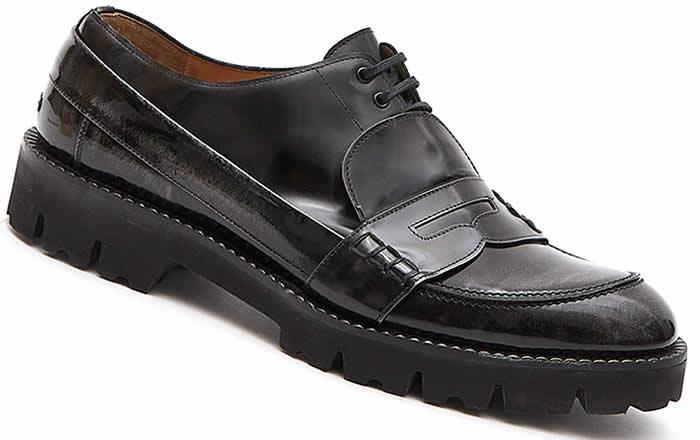 Fusión de estilos en zapatos masculinos de Maison Margiela